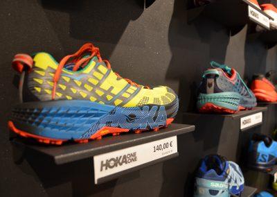 Shop_innen-Hoka